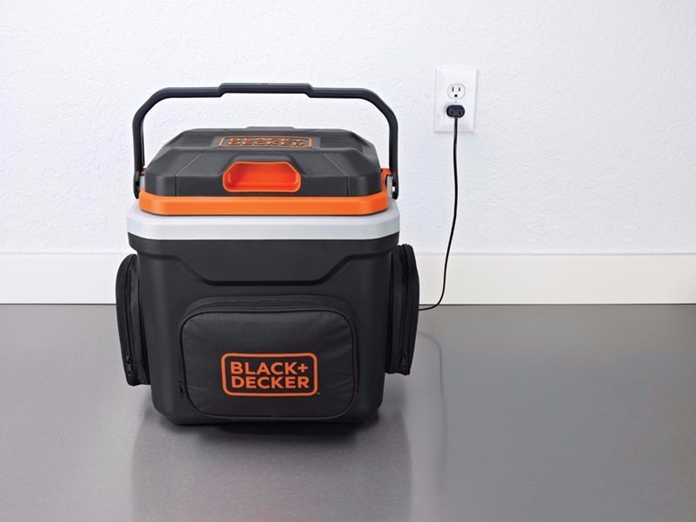 Mini Geladeira 24L Black & Decker BDC24L-LA